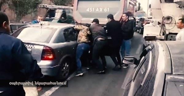 22-ամյա աղջիկ է ձերբակալել թմրամիջոց իրացման համար (տեսանյութ)