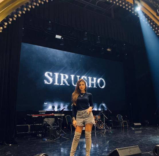 Բացառիկ կադրեր, նոր երգեր ՝  Սիրուշոյի համերգից