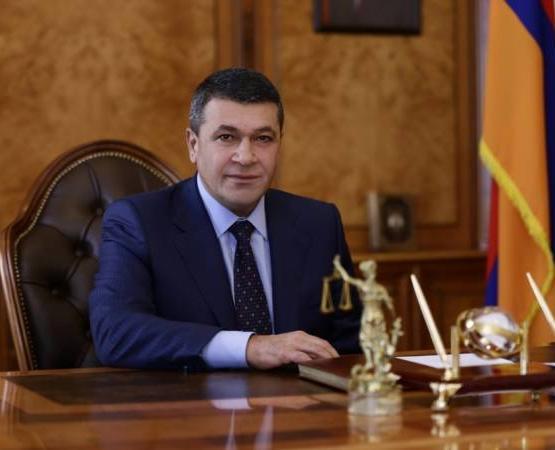 Владимиру Гаспаряну предъявлено обвинение в превышении власти