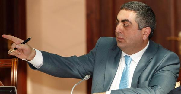 Արծրուն Հովհաննիսյանը գամվել է անվասայլակին (Լուսանկար)