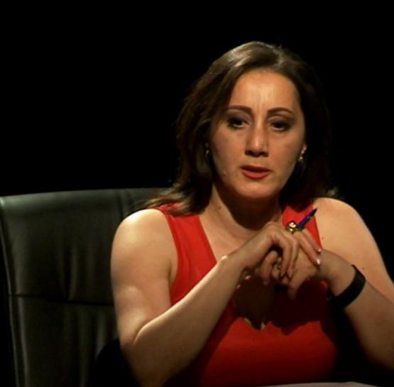 Կողմ եք արդյո՞ք, որ Անժելա Թովմասյանի ՝  «Հայելու առաջ» հաղորդումը փակեն